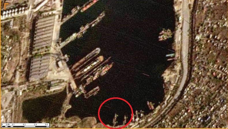 фото со спутника, утечка нефти в порту Черноморск
