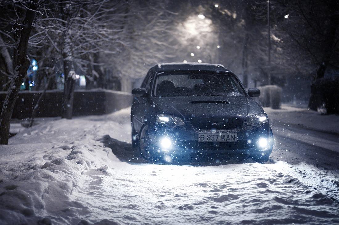 машина снег