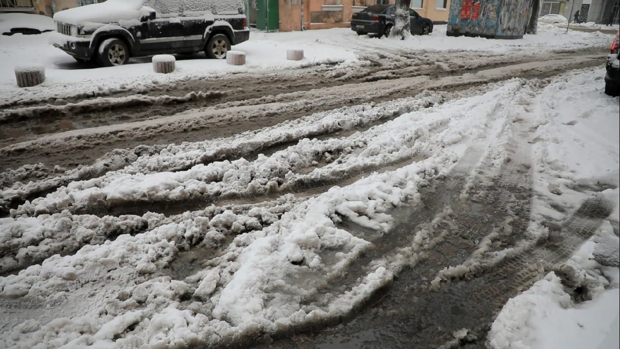 улица снежная каша