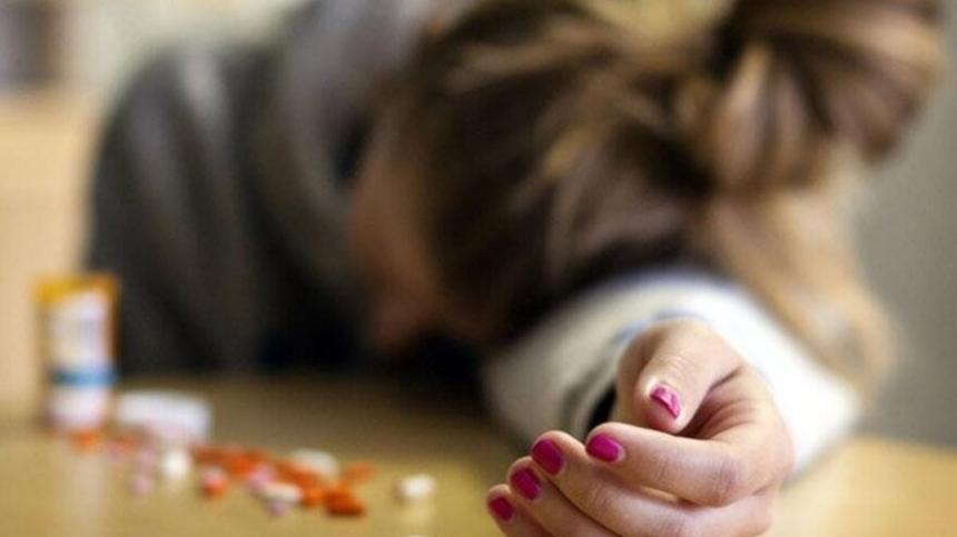 школьница наглоталась таблеток