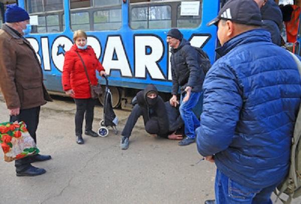 трамвайный хулиган