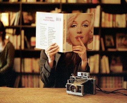селфи с книгой