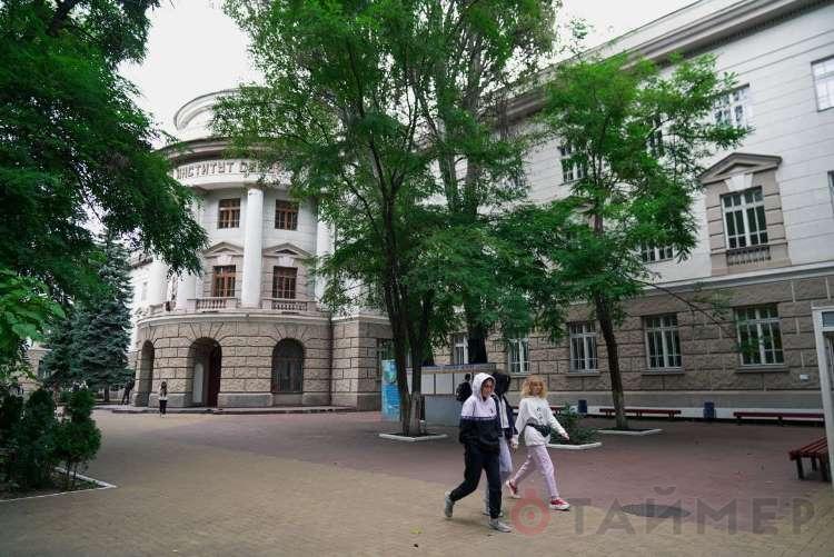 Предсказуемо: на выборах ректора университета связи победил и.о., назначенный из Киева